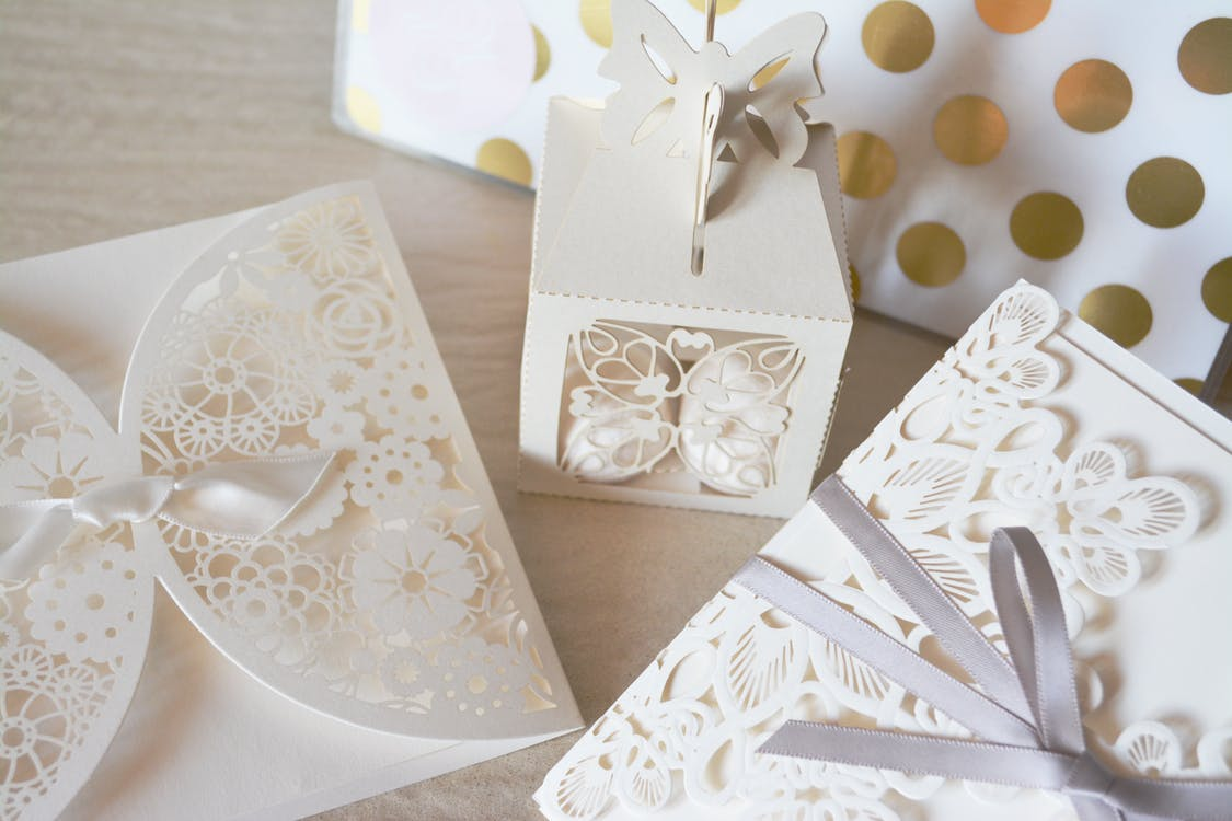 How to start a wedding invitation business? - Zinos